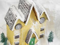 How to Make a Victorian Gingerbread House>>  http://www.hgtv.com/handmade/make-a-victorian-gingerbread-house/index.html?soc=pinterest