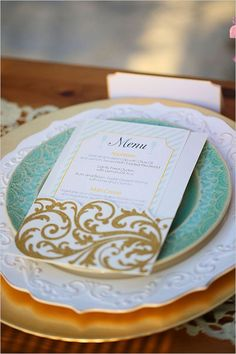 25 Lovely Mint and Gold Wedding Ideas   http://www.deerpearlflowers.com/mint-and-gold-wedding-ideas/