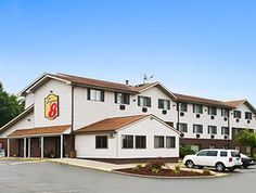 New Castle (PA) Super 8 New Castle United States, North America The 2-star Super 8 New Castle offers comfort and convenience whether you're on business or holiday in New Castle (PA). Both business travelers and tourists can enjoy the hotel's facilities and services. All the necessary facilities, including free Wi-Fi in all rooms, 24-hour front desk, valet parking, family room, ATM/cash machine on site, are at hand. Comfortable guestrooms ensure a good night's sleep with some r...