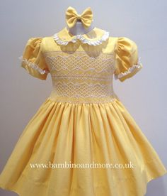 Beautiful white smocking on yellow fabric with lace trim on collar and cuffs. Smocking Patterns, Dress Patterns, Smocking Plates, Girls Smocked Dresses, Smocks, Kids Frocks, Heirloom Sewing, Smock Dress, Yellow Fabric