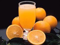 Un verre de jus d'orange pressé contient autant de vitamines qu'une simple orange.