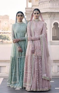 I just found out amazing Bridal Sabyasachi Lehenga Prices from his 2019 and 2018 collection. Check out 29 lehenga prices and gorgeous real bride pictures. Bridal Anarkali Suits, Pakistani Bridal Dresses, Pakistani Outfits, Indian Dresses, Sabyasachi Suits, Punjabi Wedding, Salwar Suits, Salwar Kameez, Indian Wedding Outfits
