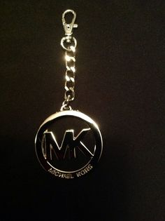 New Michael Kors Silver Tone 'MK' Logo Medallion Key Fob Key Chain Key Ring  #MichaelKors