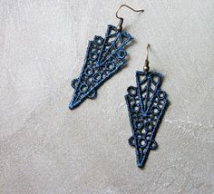 "teal lace earrings // ZAHRA // geometric earrings / art deco earrings / unique modern / geometric  deco-inspired geometric venise lace earings. deep teal lace contrasts with brass ear wire in this modern interpretation of lace.  second photo shows scale, but not teal color.  >> earrings measure 2.5 "" total length  ► Get back to our shop here : whiteowl.etsy.com  ► INSTAGRAM : whiteowljewelry  ► Our sister shop : wearevandal.etsy.com"