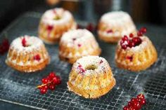 Ribizlis-kókuszos mini kuglóf | Street Kitchen