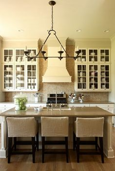 Love this neutral kitchen with clean lines