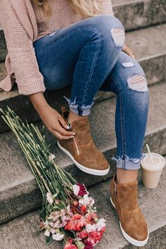 Winter Shoes For Women, Winter Outfits For Work, Womens Fall Shoes, Winter Work Shoes, Boots For Women, Cold Weather Outfits Casual, Cute Womens Shoes, Trendy Shoes, Winter Boots