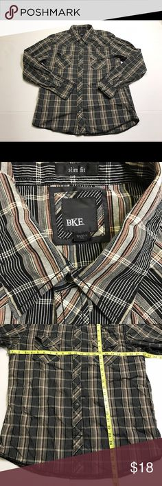 Buckle BKE Slim Fit Black Pearl Snap Western Shirt Buckle BKE Slim Fit Black Pearl Snap Western Shirt. Super nice BKE shirt no flaws ready for your next date . BKE Shirts Casual Button Down Shirts