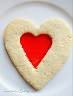 Valentine's Cookie and Candy in One ~ Super cute and super easy… your kiddos will love these Valentine's Cookies and Candy in One and so will their friends