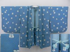 Light blue, Enshu Tsubaki pattern Haori / うす藍地 遠州椿の染め柄 羽織   【リサイクル着物・アンティーク着物・帯の専門店 あい山本屋】