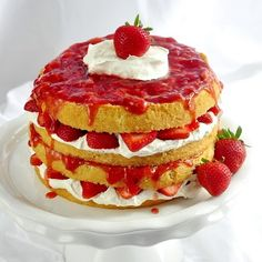 I LOVE LOVE LOVE Strawberries  - really want to make this cake!