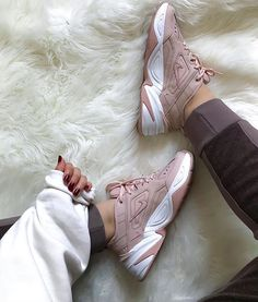 59 women sports shoes that will inspire you this summer 2019 page 39 Sock Shoes, Cute Shoes, Me Too Shoes, Zapatillas Nike Air Force, Sneakers Fashion, Fashion Shoes, Mens Fashion, High Top Sneakers, High Heels