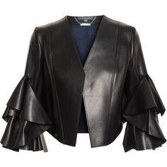 ALEXANDER MCQUEEN Cropped Leather Jacket (€3.820) ❤ liked on Polyvore featuring outerwear, jackets, collarless jacket, cropped jacket, 3/4 sleeve jacket, cropped leather jacket and open front jacket