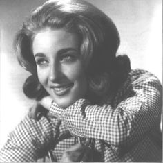See Lesley Gore pictures, photo shoots, and listen online to the latest music. Lesley Gore, Latest Music, Drawing People, Photoshoot, Couple Photos, Pictures, Image, Musicians, Bands