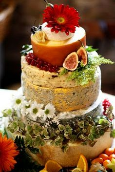 "Christmas is a great time to serve this irreverent cheese stack cake ""CHEESE"" display. Cheese cake be delicious for Christmas vegetarian family lunch table Alternative Wedding Cakes, Wedding Cake Alternatives, Buffet Dessert, Dessert Bars, Fromage Cheese, Cheese Fruit, Cheese Display, Cheese Party, Fancy Cheese"
