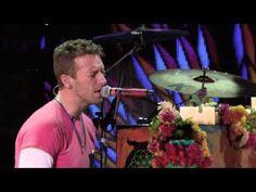 """Coldplay divulga performance ao vivo de """"Everglow"""" #Novidade, #Novo, #Single, #Vídeo http://popzone.tv/2015/12/coldplay-divulga-performance-ao-vivo-de-everglow.html"""