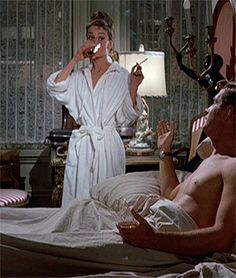 The Mean Reds — Breakfast at Tiffany's, 1961 George Peppard, Breakfast At Tiffany's, Breakfast Potatoes, Holly Golightly, Film Aesthetic, British Actresses, Vintage Love, Gossip Girl, Old Hollywood