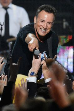 Bruce Springsteen  -  Really cares about his fans.     .     .     .     .     .     .   (thesamiposts)