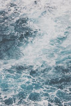 avenuesofinspiration:  Salt Water Waves | Bryan Chun  | AOI