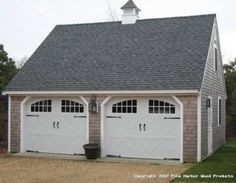 quiero un garaje para dos carros con calor, ventanas y un desván
