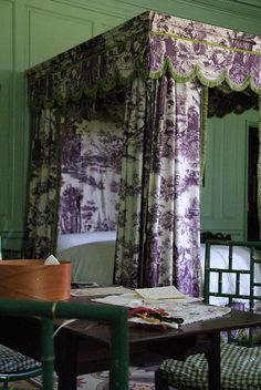 Purple toile.