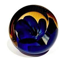 Caithness Blue Anemone Studio Glass Paperweight U99187 $85.00