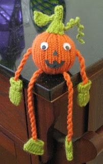 ChemKnits: Free Halloween Knitting Patterns