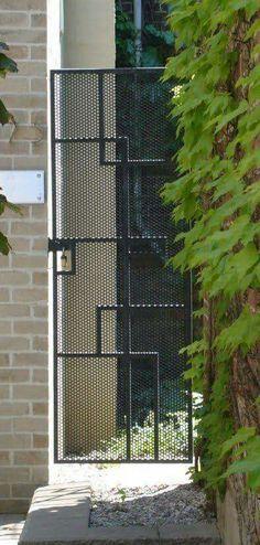 25 Ideas For Iron Door Design Modern Entrance Side Gates, Front Gates, Entrance Gates, Fence Doors, Fence Gate, Fences, Garage Doors, Grill Design, Fence Design