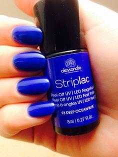 Alessandro Striplac  Deep Ocean Blue http://www.clickandcare.ch/kosmetik/alessandro/striplac