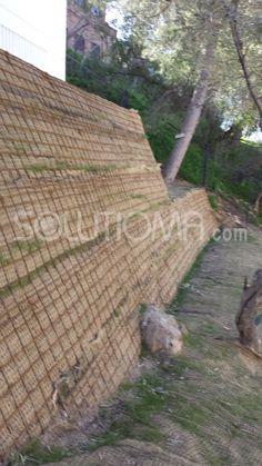 Muro verde para estabilización de talud en Málaga (6).  #MurosVerdes #Taludes + info: http://www.solutioma.com/estabilizacion-taludes/muros-verdes.php