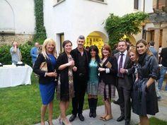 El viernes tuvimos el honor de asistir a la gala solidaria de la ONG Globa Humanitaria y la presentación de la Fundación Inocente, Inocente, ONG del año 2013...!