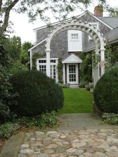 A Small Cottage on Charming Nantucket Island