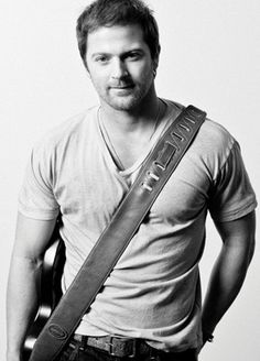 Kip Moore - Something 'Bout A Truck - Watch video here: http://dailycountryvideos.com/2012/02/07/kip-moore-something-bout-a-truck/