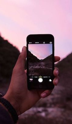 Become an expert outdoors photographer with these cell phone photography tips
