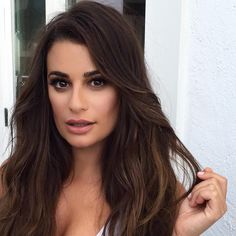 "leamichele-news: "" ""kiranasrat Diffused chestnut tones on the eyes & a sheer wash of a neutral lip –> @msleamichele at yesterday's Malibu shoot! #MakeupByKiraNasrat #LeaMichele #ScreamQueens #TGIF (P.S. Hurry to my Insta stories if you want a glimpse..."
