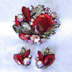 Gorgeous Deep Red Glass and Crystal Japanned Brooch and Earring Set from Vintage Jewelry Girl! #vintagejewelry