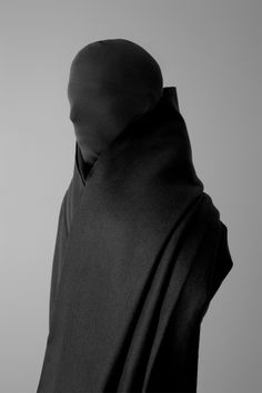 Otherworldly Fashion Photography by Nicholas Alan Cope and Dustin Edward Arnold Dark Fashion, Fashion Art, Mens Fashion, Fashion Design, Wave Gotik, Mode Sombre, Design Textile, Future Fashion, Looks Cool