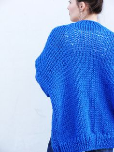 Pure Chunky Cardigan Electric Blue handmade door Nudakillers
