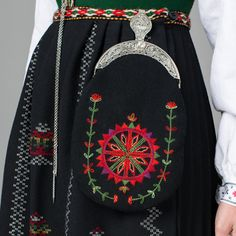FolkCostume&Embroidery: Overview of Norwegian Costumes part the West Scandinavian Artwork, Scandinavian Embroidery, Wool Embroidery, Cross Stitch Embroidery, Creative Embroidery, Embroidery Designs, Folk Costume, Costumes, Norwegian Clothing