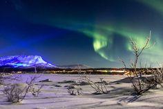 Ehdimme kysyä, onko tässä upein kuva valaistusta Saana-tunturista - Markku ja Arto panivat heti paremmaksi