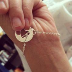 que tal esta pulsera de @alexalin en Instagram #tanyamossyyo