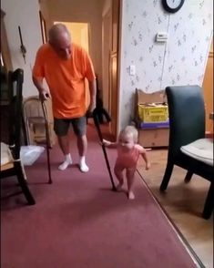 Funny Baby Memes, Cute Funny Baby Videos, Cute Funny Babies, Funny Videos For Kids, Funny Short Videos, Cute Funny Animals, Funny Cute, Haha Funny, Cute Kids