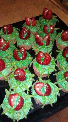 Audrey 2 cupcakes!