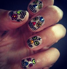 Rihanna, Alexa Chung, Katy Perry : Les plus beaux nail arts de stars ! (Photos)