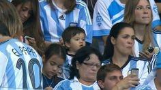 Argentina vs. Irán: Thiago Messi está alentando a su papá en el Mundial Brasil 2014 - http://futbolvivo.tv/notas/internacionales/argentina-vs-iran-thiago-messi-esta-alentando-a-su-papa-en-el-mundial-brasil-2014/