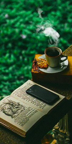 Good Morning Coffee, Good Morning Picture, Good Morning Good Night, Gifs, Cute Wallpaper Backgrounds, Cute Wallpapers, Tea Gif, Weekend Images, Coffee Gif