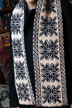 Ravelry: Morningstar Scarf pattern by Liz Katzman