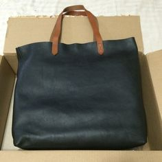 $150 ️️ Madewell Transport Tote in True Black NWT Madewell Bags Totes