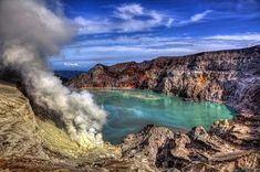 Ijen Tour Package 2 Days, Ijen Crater Tour, Ijen Volcano Tour, Ijen Tour, Ijen Tour Package, Ijen Blue Fire Tour, Ijen Blue Flame