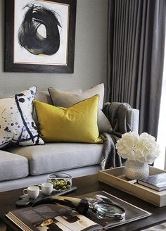 Having small living room can be one of all your problem about decoration home. To solve that, you will create the illusion of a larger space and painting your small living room with bright colors c… Living Room Grey, Living Room Interior, Home Living Room, Living Room Designs, Modern Living Room Wallpaper, Grey Room, Chic Living Room, Living Area, Sophisticated Living Rooms